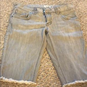 Fairly worn gray Roxy jean shorts!